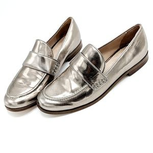 Pour la Victoire Metallic Loafers Silver Sz 7